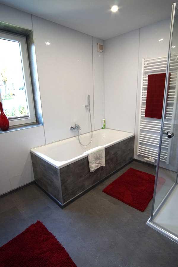 ᐅ Fugenloses Bad - fugenlose Dusche von InnSAN - HIER KLICKEN